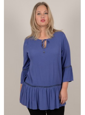 Mid-length tunic with openwork detail
