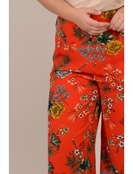 Large-leg pants with flowers