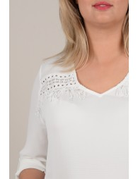 Straight lace blouse