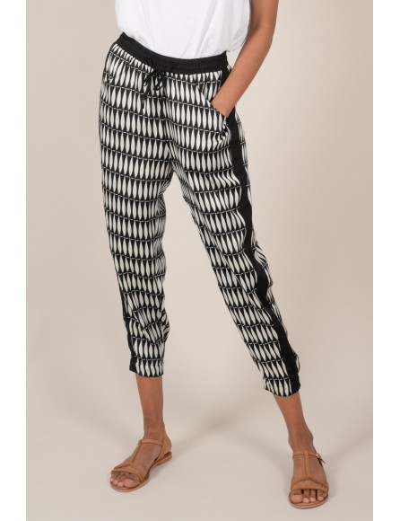 Slim printed crop trousers