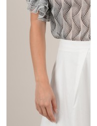 Flared skirt with lace trim