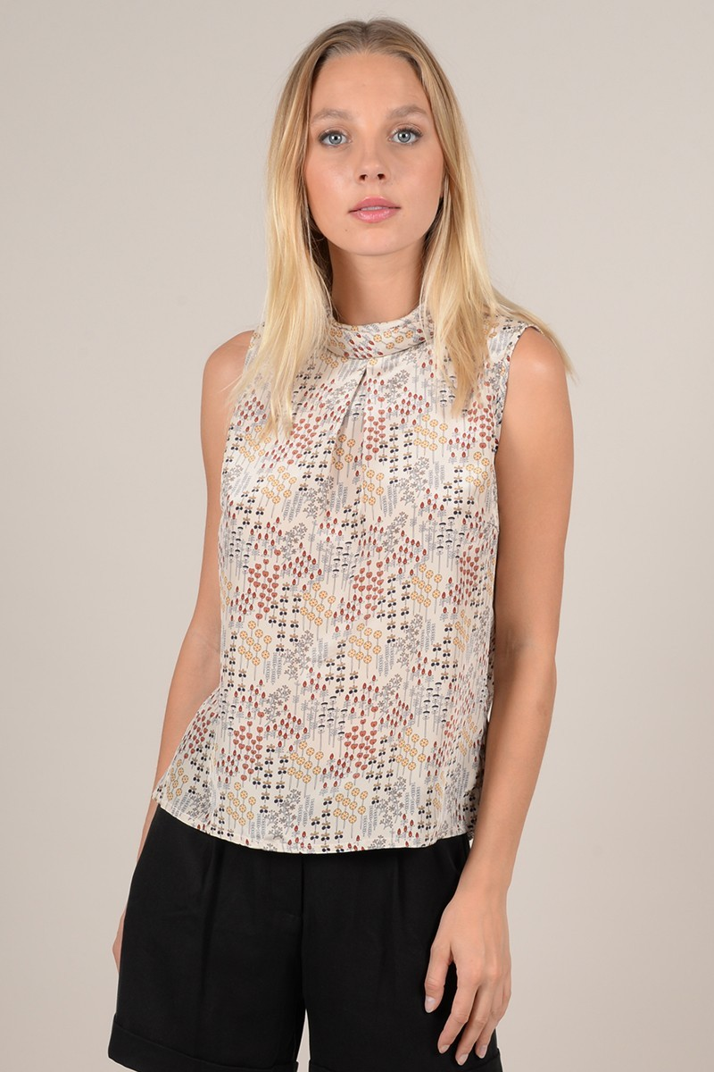 Graphic print sleeveless top