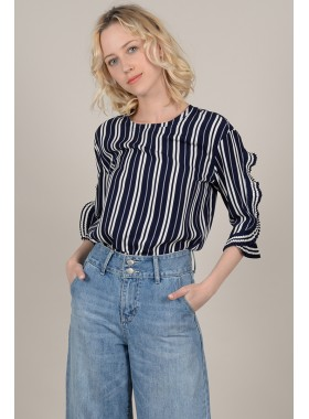 Blouse with ruffle and stripes