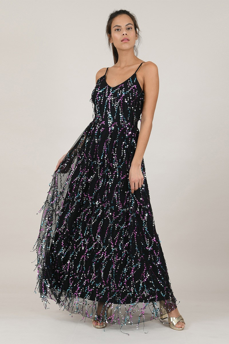 Long dress with thin straps and sequin
