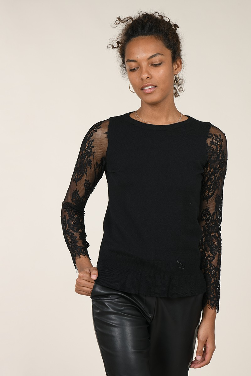 Lace sleeves jumper