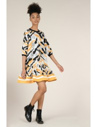 Robe taille basse à volant