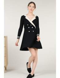 Robe en maille patineuse