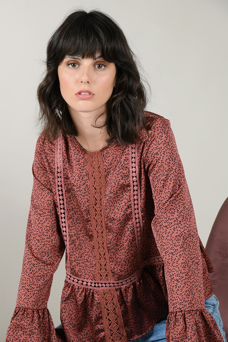 Satin spotted blouse