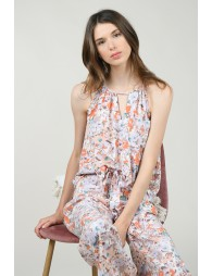 Front asymetric flounce top