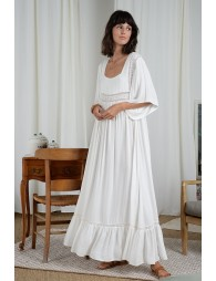 Long dress with square collar
