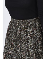 Pleated skirt with panther print